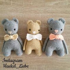 Diese 3 süße Bärchen  durfte ich für eine Liebe Mami Häkeln die im Juni zwei Zwillinge erwartet . Das dritte Bärchen  ist für ihr Neffen  #bärchen #häkelbär #häkelnistyoga #bär #instagram #lovecrochet #yarn #yarnporn #amigurumi #amigurumis #häkel #häkeln #crochet #häkelliebe #häkelnisttoll #haekel_liebe #haekelliebe #furbaby #baby #kuscheltier #häkelnmachtspass #crochetaddict #crochetingisfun #crochetlove #amigurumiaddict #häkelpuppe by haekel_liebe