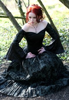 #Red headed Neo-Victorian #Goth girl