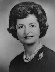 Lady Bird Johnson was married to the president, Lyndon B. Lady Bird Taylor Johnson First Lady Presidents Wives, American Presidents, American History, First Lady Of America, Us First Lady, American First Ladies, American Women, Native American, Presidential History