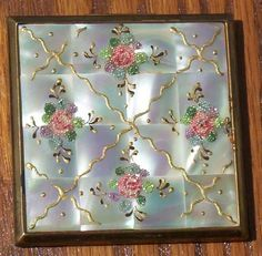 AWESOME ELGIN MOTHER OF PEARL COMPACT WITH GOLD & TINY BEADS OF GLASS on eBay♥❤♥