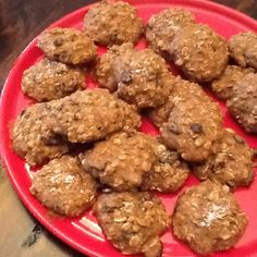 Wheat-free oatmeal cookies  1 1/4 cup brown rice flour 1 3/4 cups oats 3/4 cups raisins (or mixed dried fruit) 3/4 cup brown sugar cinnamon to taste (I used 2 tsp) 1/4 teaspoon salt 1/2 teaspoon baking soda 3 eggs 1/2 cup butter, melted 1/2 cup water Salt for garnish (optional)   In one bowl mix  together the brown rice flour, oats, sugar, cinnamon, salt, and baking soda. Add the raisins or other fruit. In a mixing bowl blend in the eggs, butter, and liquid. Beat until smooth. Add the dry… Brown Rice Flour, 350 Degrees, Dried Fruit, Oatmeal Cookies, Raisin, My Recipes, Brown Sugar, Baking Soda, Oven