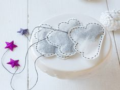 DIY-Anleitung: Wolken-Teebeutel selber machen // diy tutorial: how to make teabags in the shape of clouds via DaWanda.com