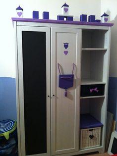 """Armadio Aspelund di Ikea trasformato in un armadio stile """"Castello delle principesse"""" con anta in Vernice lavagna!"""