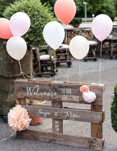 The most beautiful decor ideas for a country wedding! The most beautiful decor ideas for a country wedding!fr Always wanted to learn how to knit, nonetheless. Wedding Ceremony Ideas, Budget Wedding, Wedding Planning, Reception Ideas, Destination Wedding, Welcome Card, Rustic Wedding Signs, Diy Centerpieces, Partys