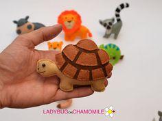 ANIMALES AFRICANOS. SAFARI animales. Artículos decorativos en miniatura lindos hechos de tela de fieltro de colores. Estos artículos rellenos se diseñan originalmente como una gran decoración casera o los regalos adorables para sus amados, educativos para los cabritos, diversión