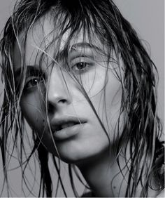 Incredibly Stunning Model Portraits From T Magazine Andreja Pejic sports the wet hair look, shot by Craig McDeanAndreja Pejic sports the wet hair look, shot by Craig McDean Wet Look Hair, Wet Hair, Hair Looks, Hair Photography, Portrait Photography, Fei Fei Sun, Water Modeling, Craig Mcdean, Amber Valletta