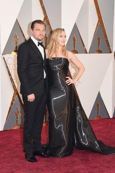 Leo di Caprio y Kate Winslet en  la Ceremonia de los Premios Oscar 2016.