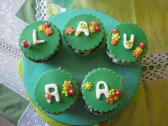 Cup-cakes com as florinhas
