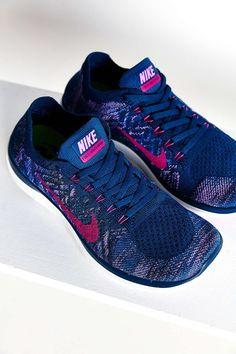 Nike Flyknit Free 4.0 Sneaker $120