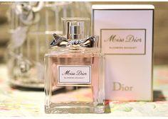 Review... http://www.makeupatelier.com.br/2014/04/perfumando-repetto-e-miss-dior-blooming-bouquet/