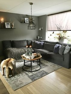 42 Inspiring Small Living Room Decor Ideas For Your Apartment To Try – Farmhouse interior livingroom Small Living Room Design, Cozy Living Rooms, Living Room Grey, Living Room Modern, Home Living Room, Interior Design Living Room, Living Room Designs, Living Room Decor, Living Room Inspiration