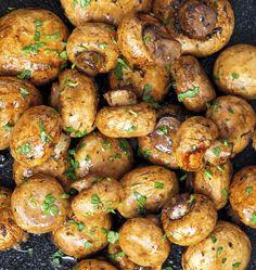 Easy Baked Garlic Mushrooms