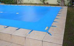 Diy Swimming Pool, Swimming Pool Landscaping, Ceiling Light Design, Lighting Design, Ceiling Lights, Piscina Rectangular, Narrow Garden, Patio Gazebo, Backyard