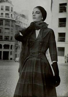 1957 Aliette de Claviere designer