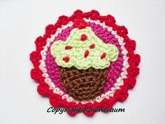 Häkelapplikationen - Muffin Button - ein Designerstück von rosentraum bei DaWanda