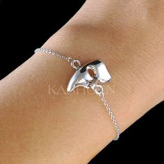 The Phantom of the Opera Masquerade Mask Charm Chain Bracelet Jewelry Broadway Play Show Drama Christmas Best Friend Wife Mother Gift New by Kashuen on Etsy https://www.etsy.com/listing/258616433/the-phantom-of-the-opera-masquerade-mask