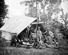02-Relaxing-Moment-Quartermasters-Tent-Fairfax-CH-Va.-1863-.jpg 500×402 pixels