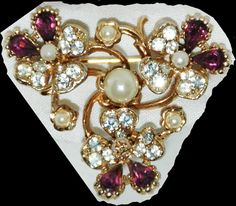 Vintage Purple amethyst and White Rhinestone Brooch Pin with faux pearl