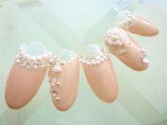 【かわいい】結婚式(ウェディング)でやりたいネイルデザイン画像集【新婦・ゲスト】 - NAVER まとめ