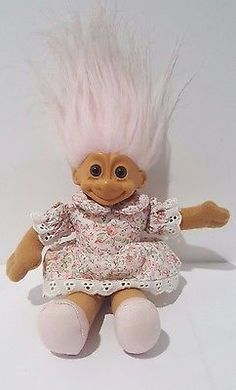 Vintage-RUSS-Soft-Body-TROLL-DOLL-Light-Pink-Hair-Floral-Dress-7-034-Plush-Toy