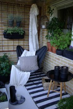 I like the idea of having a folding butterfly chair for days I just want to lounge on balcony Condo Balcony, Tiny Balcony, Small Balcony Decor, Small Outdoor Spaces, Apartment Balcony Decorating, Outdoor Balcony, Small Patio, Balcony Garden, Outdoor Rooms