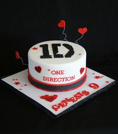 One Direction Cake by Creative and Tasty Treats (Sandy) 305-218-8603, via Flickr