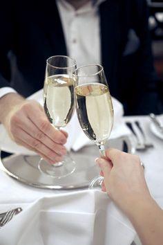 Romantic get away with MINI to Haikon Kartano; http://www.idealista.fi/charandthecity/2017/02/28/romanttisen-viikonlopun-minireissu/