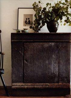 ethnic home decor Wabi Sabi, Living Room Decor, Living Spaces, Piece A Vivre, Interior Decorating, Interior Design, Rustic Furniture, Kitchen Furniture, Home Accessories
