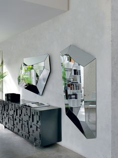 Diamond Mirror designed by Paolo Cattelan