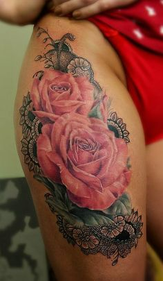 They have a lot of significance. There are various types of Rose Tattoo Designs for girls, and it is dependent on your preference about which variety to opt. Rose tattoos seem more beautiful if it's accompanied with names of persons near our hearts. Flower Leg Tattoos, Rose Tattoo Thigh, Flower Tattoo Designs, Thigh Tattoos, Tattoo Flowers, Sexy Tattoos, Body Art Tattoos, Tattoos For Women, Cool Tattoos