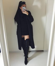 Passion for fashion, black outfits, all black outfit, winter outfits, cute outfits Fashion Killa, Look Fashion, Fashion Outfits, Womens Fashion, Girl Fashion, All Black Fashion, Lolita Fashion, Party Fashion, Fashion Clothes