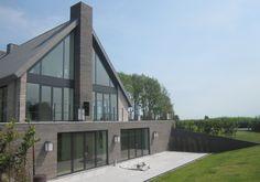 Eigentijds langhuis door grassodenridder architecten single family houses - Eigentijds tuinmodel ...