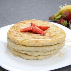 Mom And Baby Photography Discover How to make basic pancakes How to make basic pancakes Easy Baking Recipes, Snack Recipes, Cooking Recipes, Yummy Snacks, Indian Dessert Recipes, Food Dishes, Food Videos, Food And Drink, How To Make Pancakes