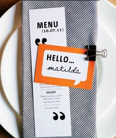 wedding place card hello- Name bubble card with border based on food choice?
