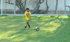 Aos 9 anos, garoto chama atenção do Sevilla e ganha viagem a Espanha  #globoesporte
