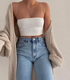 Fashion Tips Moda .Fashion Tips Moda Fall Fashion Outfits, Mode Outfits, Retro Outfits, Look Fashion, Vintage Outfits, Spring Outfits, Latest Fashion, Girly Outfits, 2000s Fashion