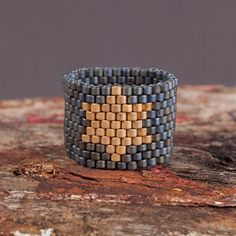 my beaded ring.Art Fusion by Robyn Campbell on Etsy Diy Jewelry, Jewelery, Fashion Jewelry, Jewelry Design, Jewelry Making, Bead Jewelry, Jewelry Rings, Diy Home, Bracelets