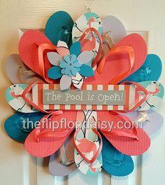 Beautiful Handmade Flip Flop Wreath Flamingos by TheFlipFlopDaisy