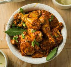 Ja, dié gereg is 'n hele ete op sy eie. Sit dit voor met groenslaai of avokado. South African Recipes, Indian Food Recipes, Ethnic Recipes, Indian Dishes, Tandoori Chicken, Chicken Curry, Curry Recipes, Food To Make, Chicken Recipes