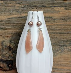 Sunstone earrings sunstone and pearl handmade by ArtfulHummingbird, $72.00.  http://www.artfulhummingbird.etsy.com