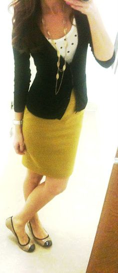I need to become more daring and wear a mustard skirt. I think this outfit has inspired me to finally do it.