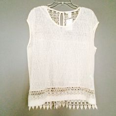 [H&M] crochet-panelled top Ivory wide-cut sleevless top in slub jersey with opening at back of the neck with button and lace inserts on the back and hem trim. Size L. NEW WITH TAGS. H&M Tops
