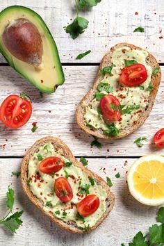 Tipps gegen einen Blähbauch: Lieber kleinere Portionen essen