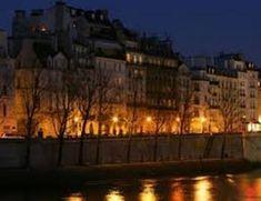 Raymond Queneau a posé chaque jour, pendant plusieurs années, trois questions à ses lecteurs dans le journal L'Intransigeant dans une rubrique intitulée :» Connaissez -vous Paris? «, les ré…