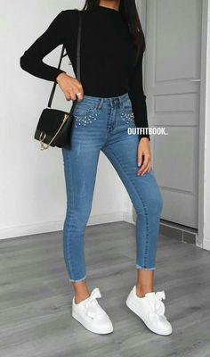 How to wear fall fashion outfits with casual style trends Sneakers Fashion Outfits, Fall Fashion Outfits, Mode Outfits, Teen Fashion, Spring Outfits, Winter Outfits, Outfit Summer, Sneaker Outfits, Fashion Black
