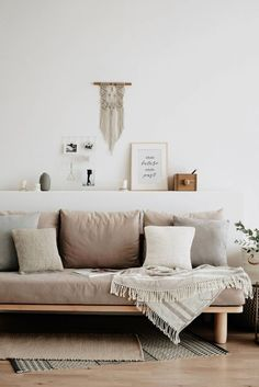couch styling