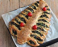 Albero di brioche con ricotta e spinaci, antipasto di Natale