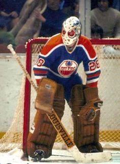 Dave Dryden Stars Hockey, Ice Hockey Teams, Hockey Goalie, Hockey Games, Hockey Logos, Hockey Highlights, Hockey Shot, Goalie Mask, Edmonton Oilers