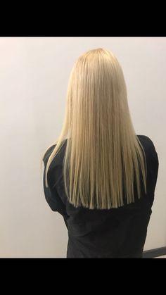 Stylists, Long Hair Styles, Beauty, Long Hairstyle, Long Haircuts, Long Hair Cuts, Beauty Illustration, Long Hairstyles, Long Hair Dos