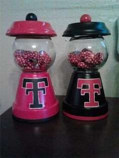 Cute but with m'n'ms or gumballs or maybe even skittles instead of dice